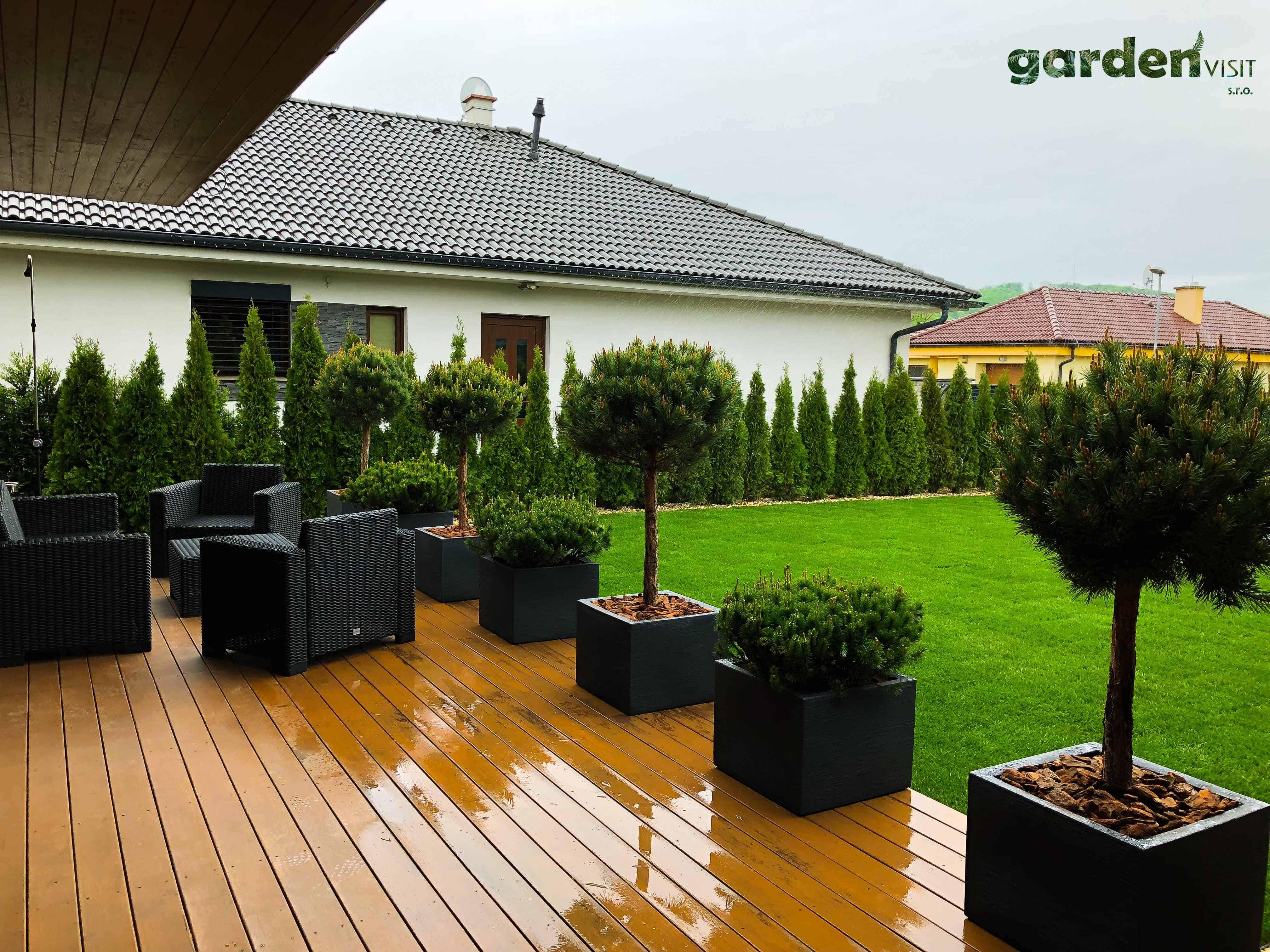 ŠVÁBY_záhrada12